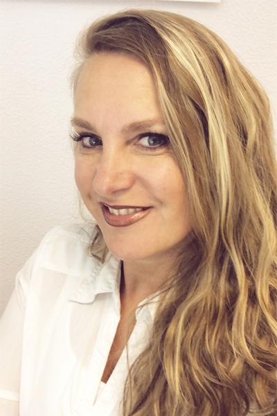Monique Oosterveld